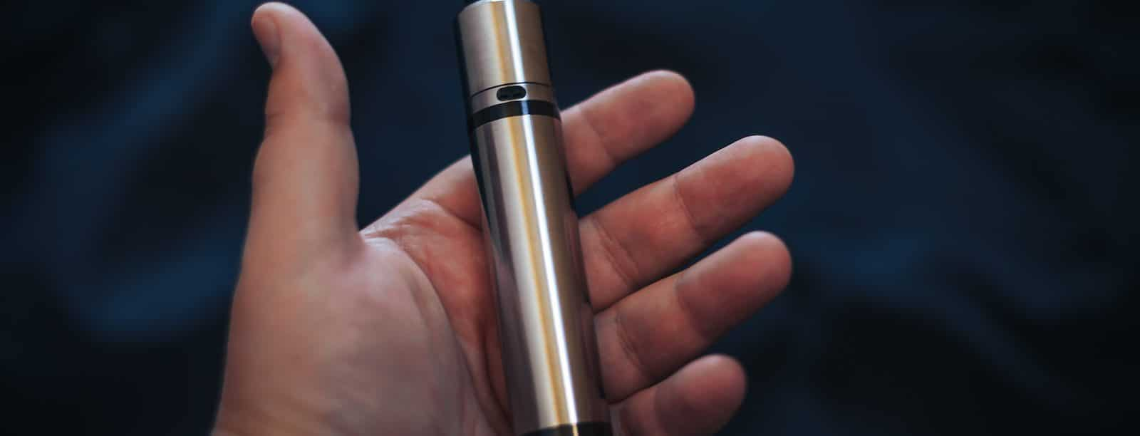 What is the Difference Between E-Cigarettes, Vaping, and Smoking? Dangerous Side Effects & Withdrawal Symptoms